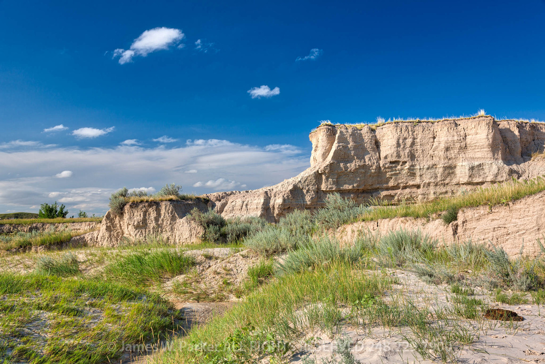 Badlands Bluffs